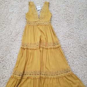 Gorgeous New Maxi dress!